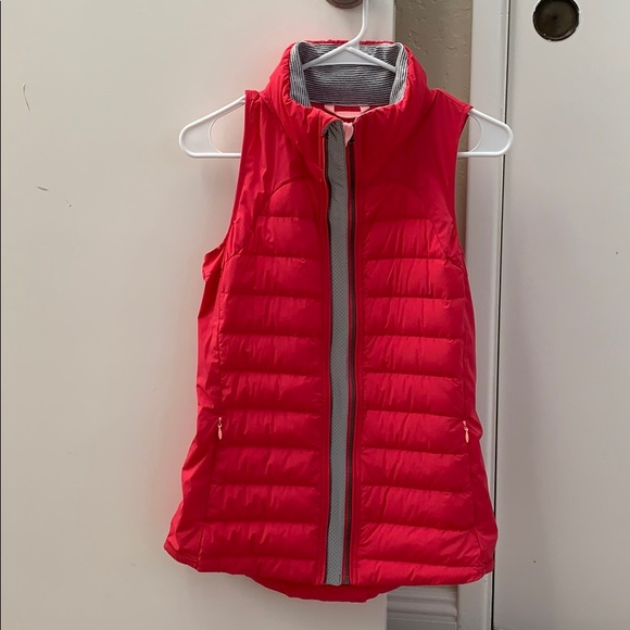lululemon athletica Jackets & Blazers - Lululemon down vest